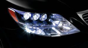 ¿Se pueden poner bombillas LED en el coche? Usos y requisitos